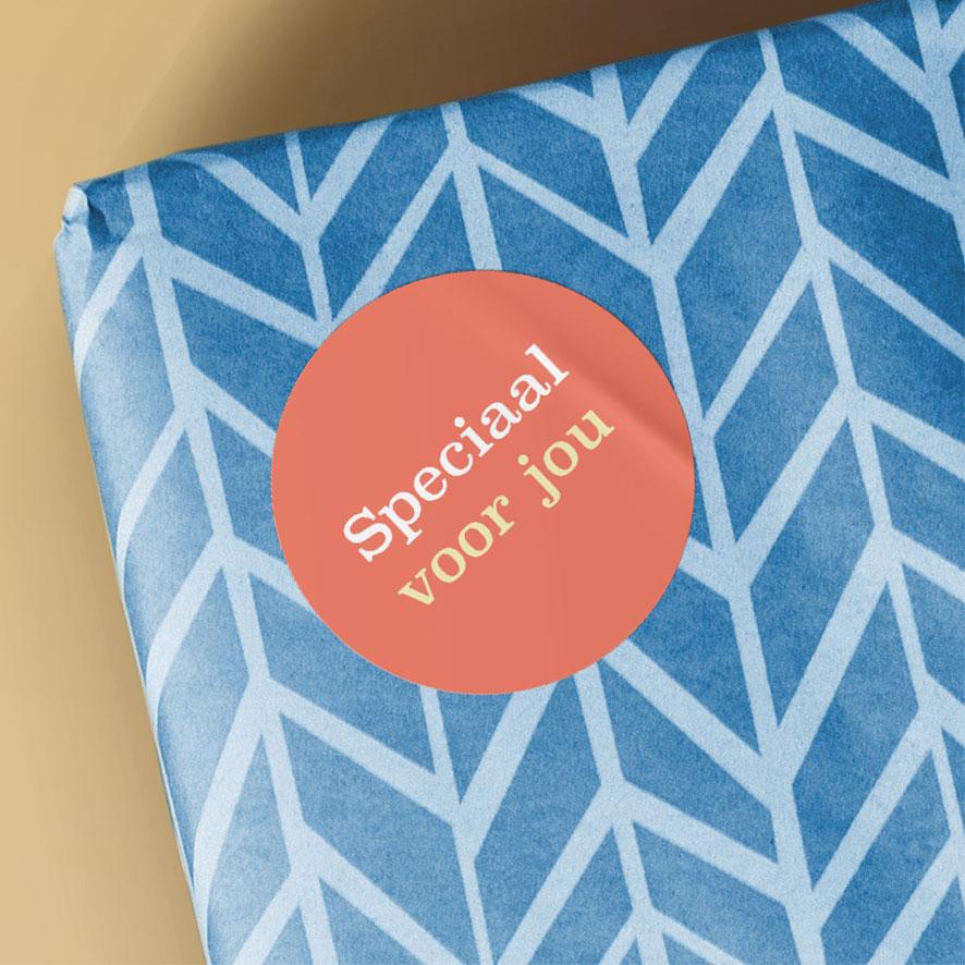 Sticker 'Speciaal voor jou' lichtrood rond 30mm cadeau verpakking