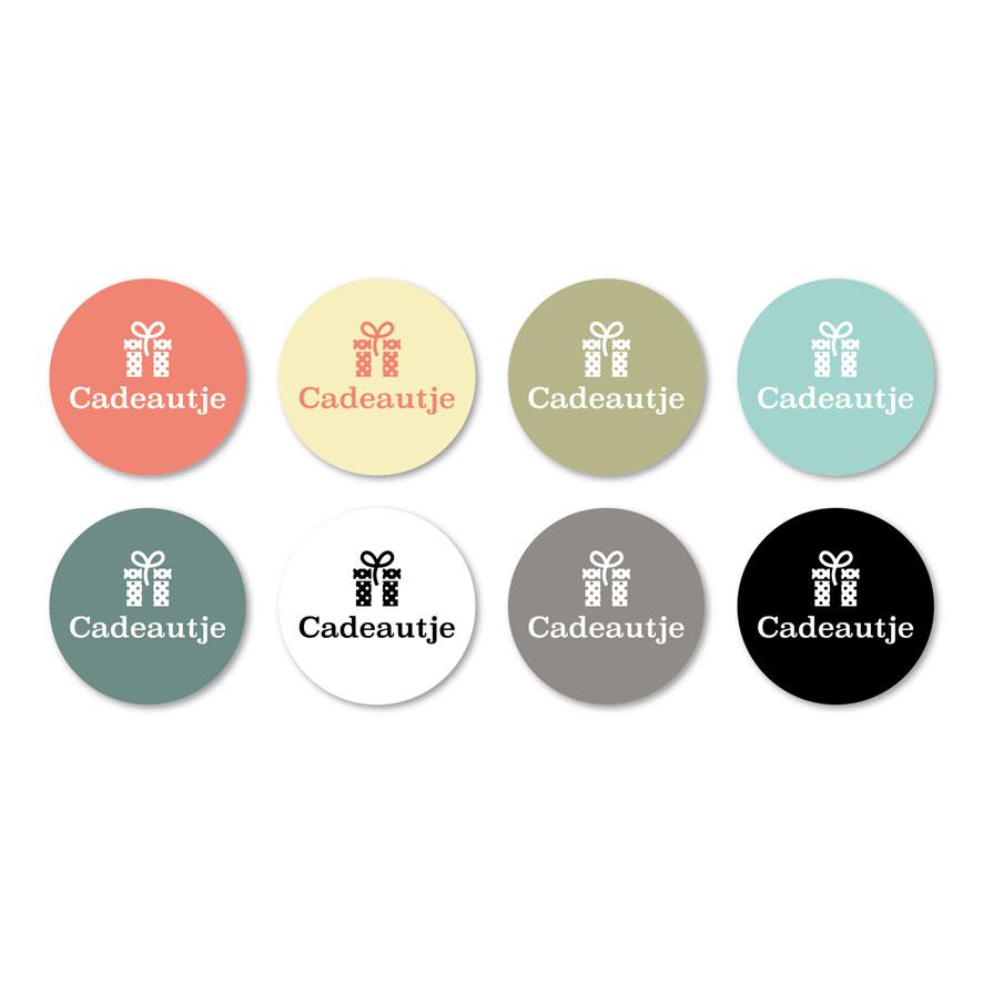 Stickers 'Cadeautje' lichtrood, lichtgeel, kaki, mint, donkercyaan, wit, donkergrijs, zwart rond 30mm witte achtergrond
